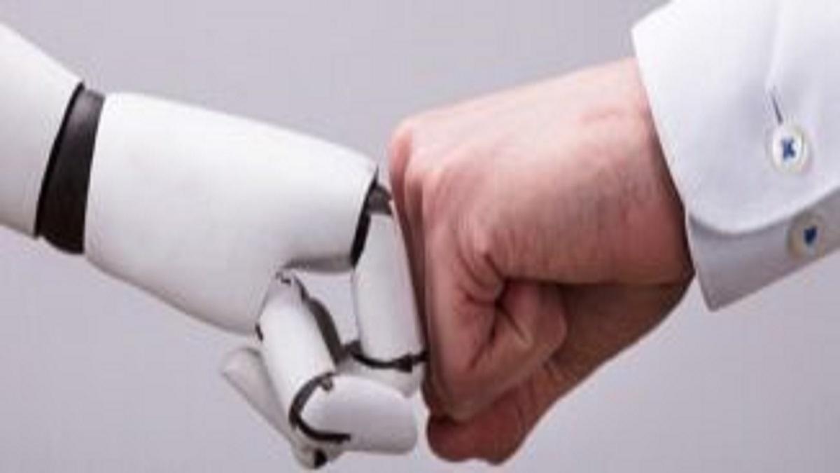 Robots30-326×132